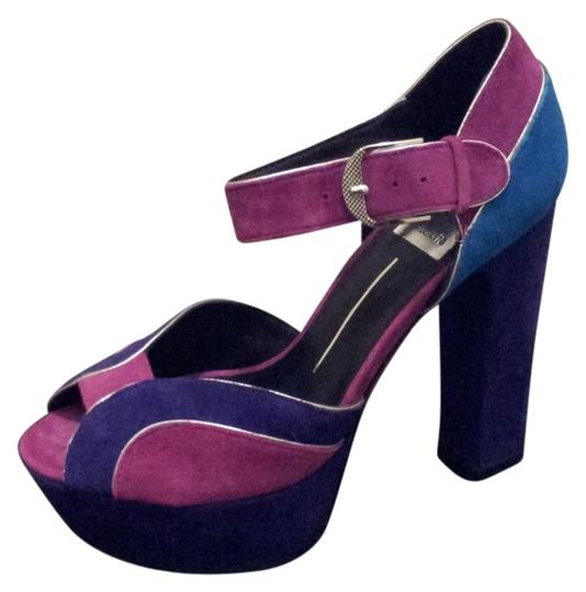 Preload https://img-static.tradesy.com/item/21100/dolce-vita-magenta-colorblock-fuscia-suede-platforms-size-us-6-regular-m-b-0-0-540-540.jpg