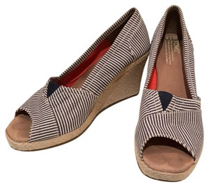 TOMS navy and cream stripe Wedges