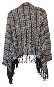 RXB Cape Poncho Knit Warmth Fringe Bold Pattern Contemporary Tunic