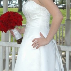 Maggie Sottero White Couture Gown Formal Wedding Dress Size 12 (L)