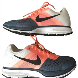 Nike Coral, gray, white Athletic
