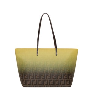 Fendi Totes on Sale - Up to 70% off at Tradesy d4b70ebd2673f