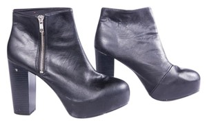 H&M Platform Divided Black Boots