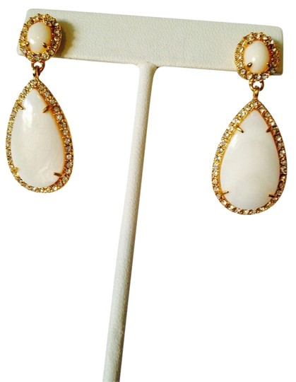 Ralph Lauren White Agate Gemstone & Crystal Gold Teardrop Dangle Earrings