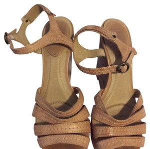 Frye Strappy Sandals Leather brown Wedges