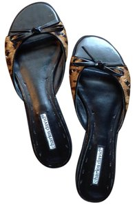 Charles David Black with print Sandals