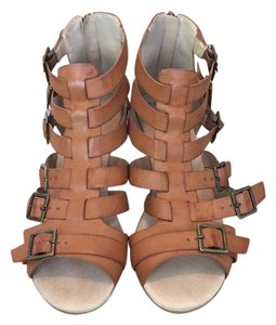 Restricted Cognac OR Brown OR Tan Wedges