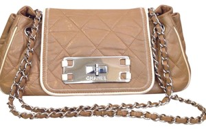 Chanel Tote in Brown/beige