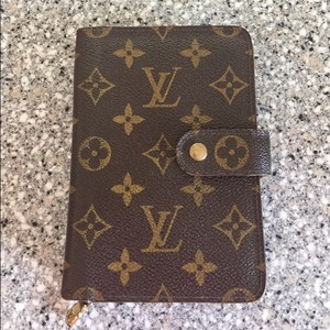 Louis Vuitton LV Monogram Bifold Wallet