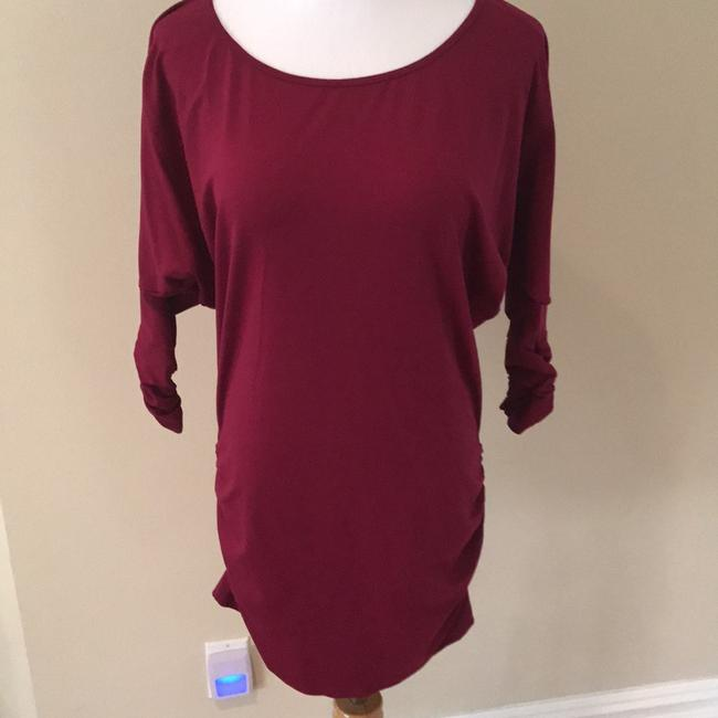 Preload https://img-static.tradesy.com/item/21104091/susana-monaco-magenta-short-casual-dress-size-8-m-0-0-650-650.jpg