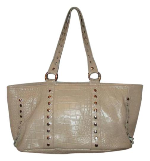 Preload https://img-static.tradesy.com/item/21104480/cecconi-croc-embossed-studded-beige-leather-tote-0-1-540-540.jpg