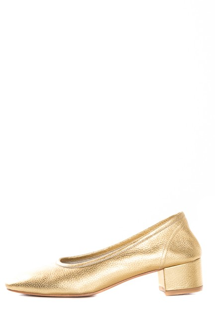 Item - Gold Round Toe S Pumps Size US 9