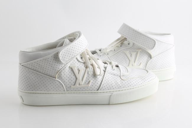 Item - White Sneakers Shoes