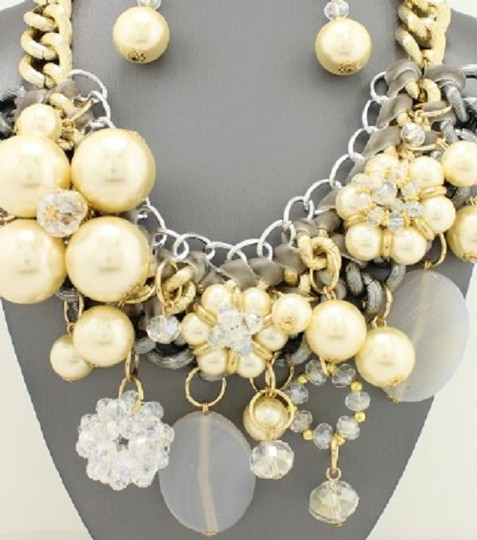 Other Chunky Pearl Gold And Silver Tone Chain Necklace And Earrings Image 1