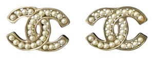 Chanel Chanel Pearl Earrings
