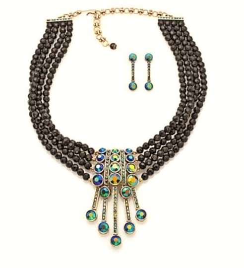 Preload https://img-static.tradesy.com/item/21105922/heidi-daus-multicolor-an-affair-to-remember-necklace-0-0-540-540.jpg