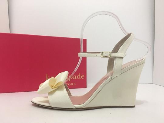 Kate Spade Wedge High Heels Sandals Ivory Grosgrain Formal Image 2