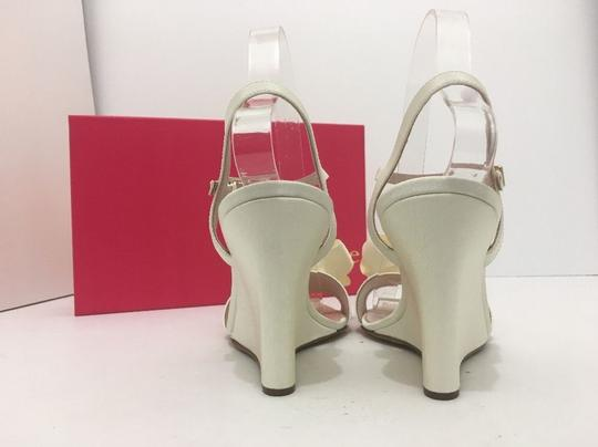 Kate Spade Wedge High Heels Sandals Ivory Grosgrain Formal Image 3