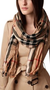 Burberry NWT BURBERRY CASHMERE WOOL CHECK CRINKLE SCARF WRAP