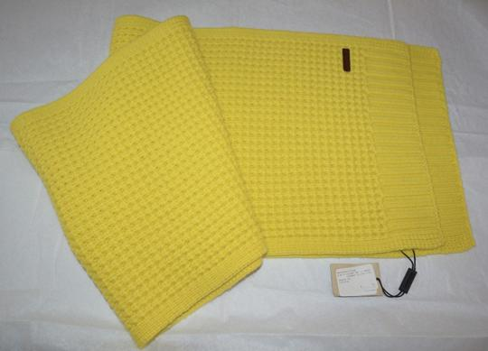 Burberry BURBERRY CASHMERE WAFFLE KNITTED SCARF WRAP Image 6