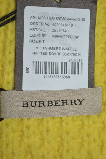 Burberry BURBERRY CASHMERE WAFFLE KNITTED SCARF WRAP Image 8
