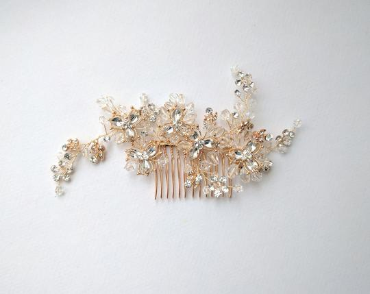 Gold Comb Hair Accessory Image 2
