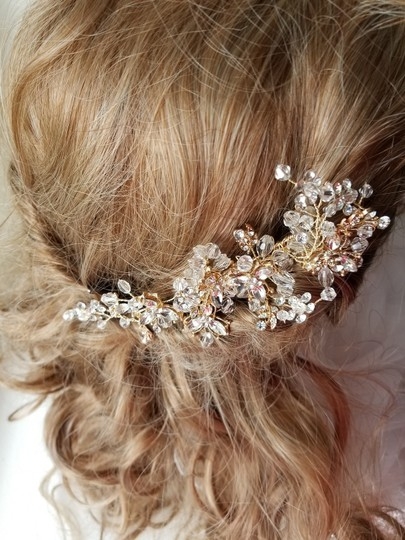 Gold Comb Hair Accessory Image 4