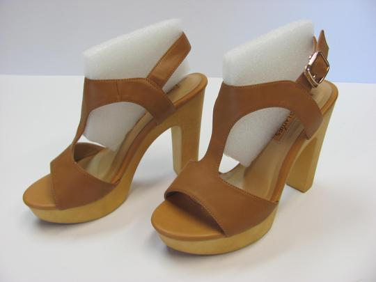 Okang New Size 5.50 M (Usa) Excellent Condition Neutral Platforms Image 2