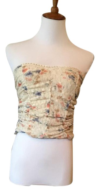 Preload https://img-static.tradesy.com/item/21107763/pins-and-needles-beige-floral-crop-blouse-size-8-m-0-5-650-650.jpg