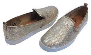 H&M Size 8.00 M Reptile Design Very Little Wear Very Good Condition Gold, White Flats