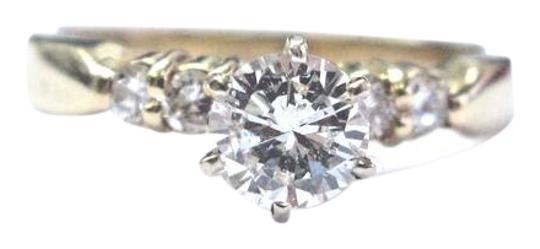 Preload https://img-static.tradesy.com/item/21107800/fine-round-cut-diamond-solitaire-with-accent-engagement-5-stone-1-ring-0-1-540-540.jpg
