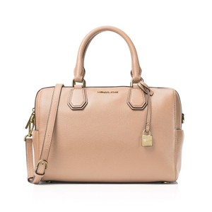 ced9b6f572150c MICHAEL Michael Kors Satchels - Over 70% off at Tradesy (Page 6)