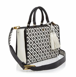 Tory Burch Satchel in black/new ivory