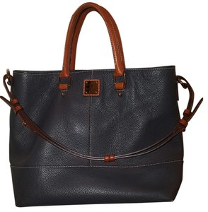 Dooney & Bourke Tote in Grayish blue