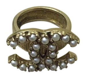 Chanel Chanel Pearl Ring