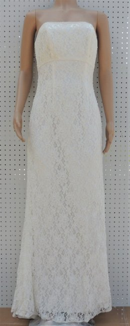 Item - Ivory 65% Rayon/35% Nylon Strapless Pearl & Lace S8551 Destination Wedding Dress Size 8 (M)