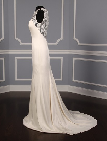Theia Ivory Crepe Back Satin and French Chantilly Lace Taylor Formal Wedding Dress Size 12 (L)