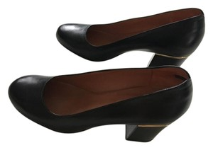 Robert Clergerie Black and gold accent Pumps