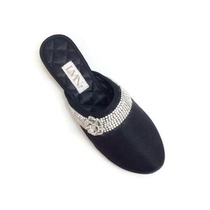 Luxe Me Now black Flats
