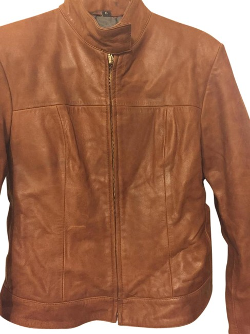 Preload https://img-static.tradesy.com/item/21111354/brown-leather-motorcycle-jacket-size-4-s-0-2-650-650.jpg