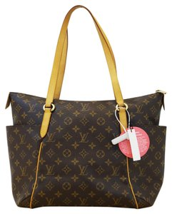 Louis Vuitton Lv Totally Mm Monogram Canvas Shoulder Bag