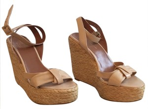 Robert Clergerie Nude Wedges