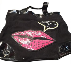 Betseyville Tote in black