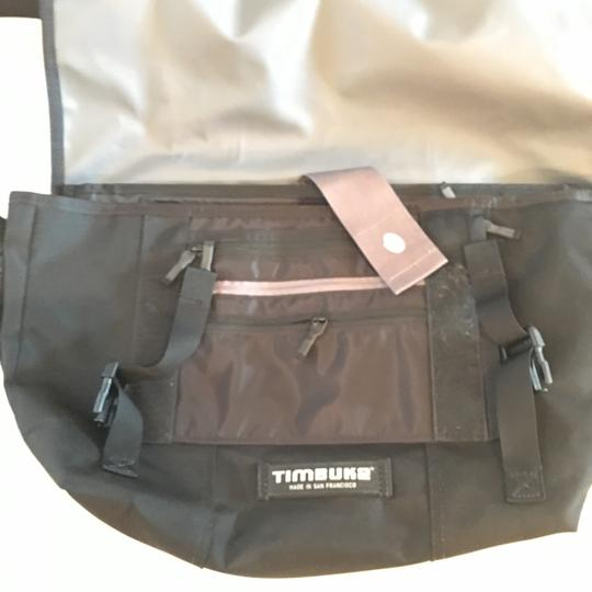 Timbuk2 large custom messenger bag with awesome features Image 2