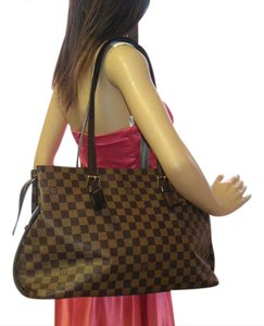 Louis Vuitton Damier Chelsea Damier Chelsea Shoulder Bag