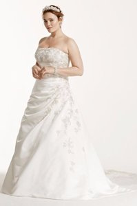 David's Bridal 9v9665 Wedding Dress