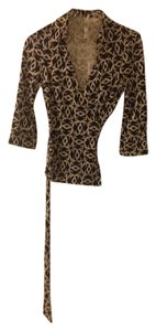 Diane von Furstenberg Top Black with cream geometric print