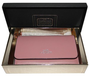Coach Wallet Gift Boxed Wristlet in Pink