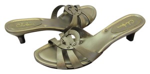 Cole Haan Size 7.00 Narrow Padded Footbed Very Good Condition Bronze Sandals