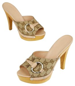 Gucci Beige Sandals